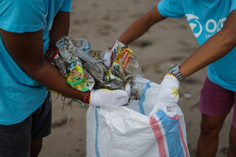 Beach Cleaning Action with Carlsberg